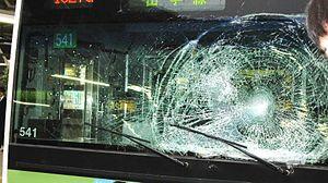 投身自殺者が電車の窓に激突死した時の様子