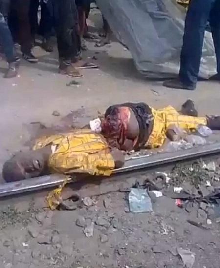 電車に轢かれて腰から真っ二つになった黄色い服の男